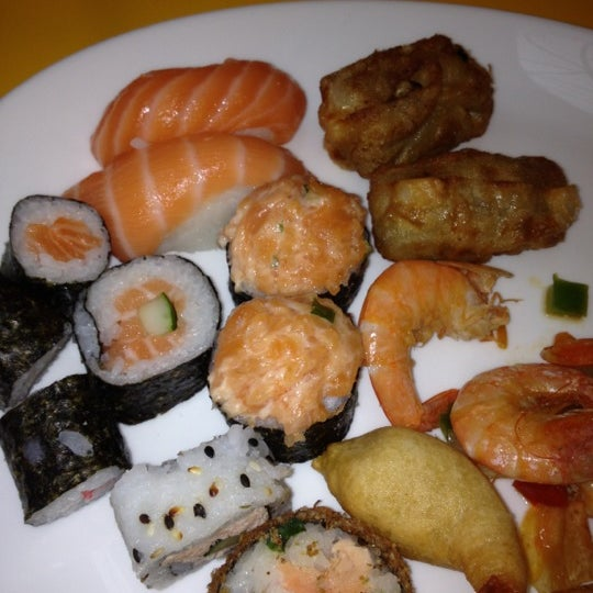 10/23/2012 tarihinde Angelica R.ziyaretçi tarafından Shopping Center Penha'de çekilen fotoğraf