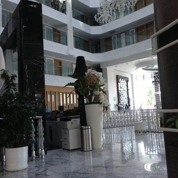5/3/2013 tarihinde Yana 💓🐾🐶 U.ziyaretçi tarafından Q Premium Resort Hotel Alanya'de çekilen fotoğraf