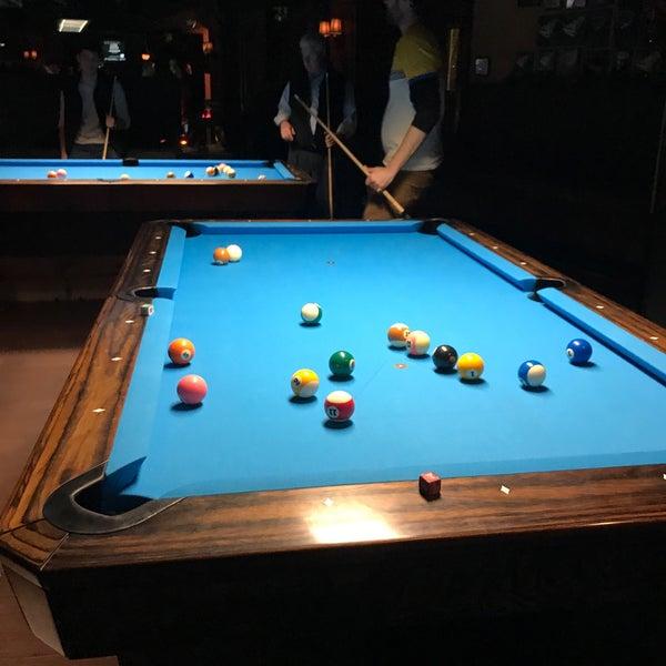 Foto tomada en Society Billiards + Bar por Mike el 12/10/2019
