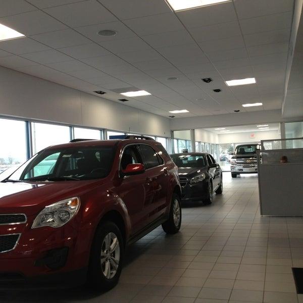 Fox Chevrolet Auto Dealership