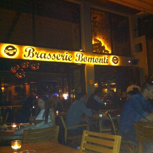 รูปภาพถ่ายที่ Brasserie Bomonti โดย Lynn เมื่อ 9/29/2013