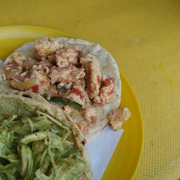 Foto tirada no(a) Tacos sarita por Patylu em 8/26/2016