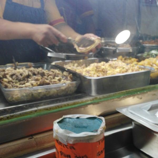 Foto tirada no(a) Tacos sarita por Patylu em 8/2/2016