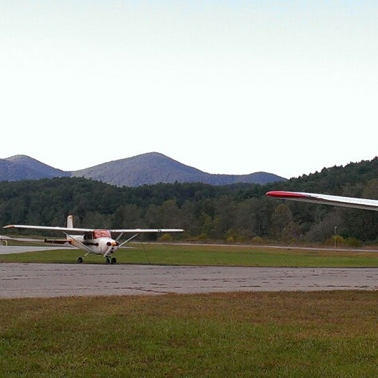 Photos at Lumpkin County Wimpys Airport - Dahlonega, GA