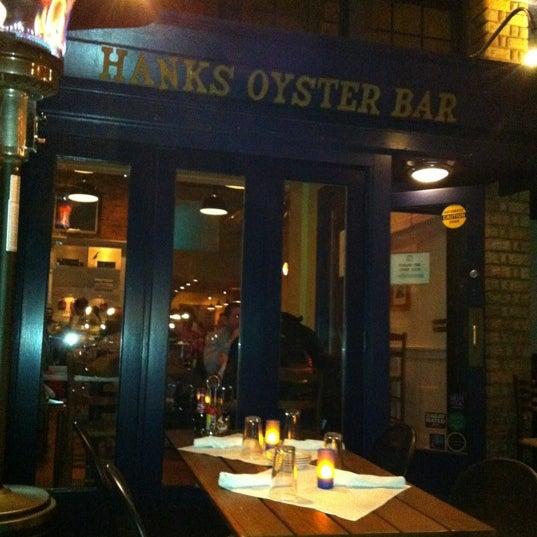 Foto scattata a Hank's Oyster Bar da Egor P. il 11/11/2012