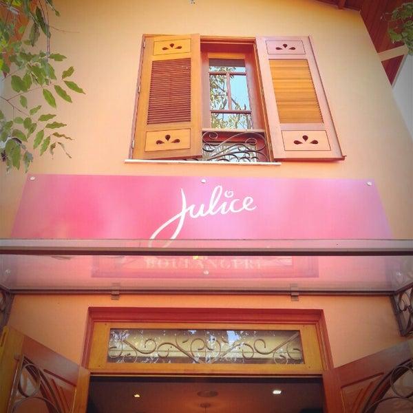 รูปภาพถ่ายที่ Julice Boulangère โดย Sanh C. เมื่อ 7/20/2013