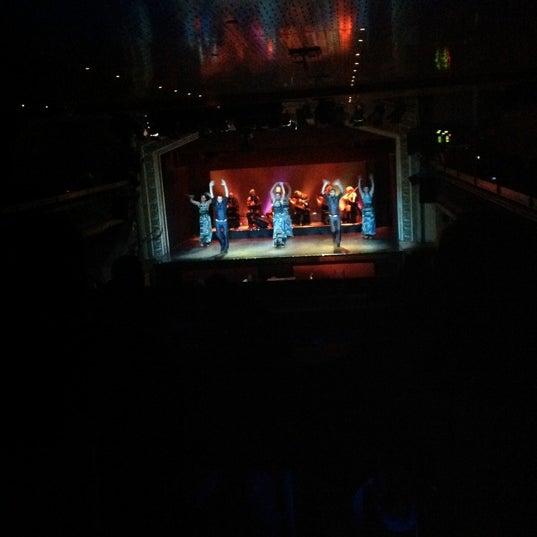 Снимок сделан в Palacio del Flamenco пользователем Deria A. 3/29/2013