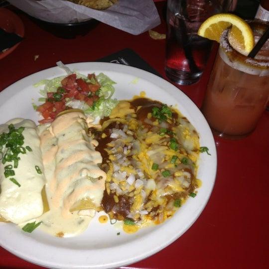Foto scattata a Paco's Tacos & Tequila da Savannah B. il 11/3/2012