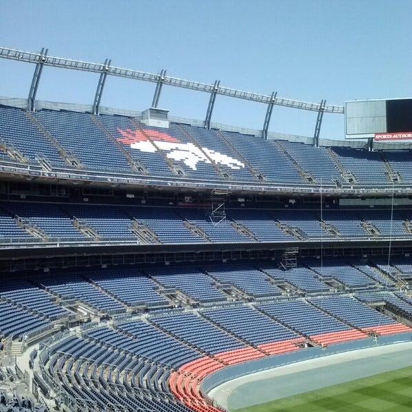 Foto diambil di Broncos Stadium at Mile High oleh Aaron R. pada 4/26/2013