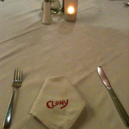 Снимок сделан в Cluny пользователем Gustavo T. 10/8/2012