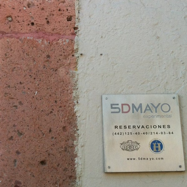Foto diambil di 5DMayo Experimental oleh Javier V. pada 1/24/2013