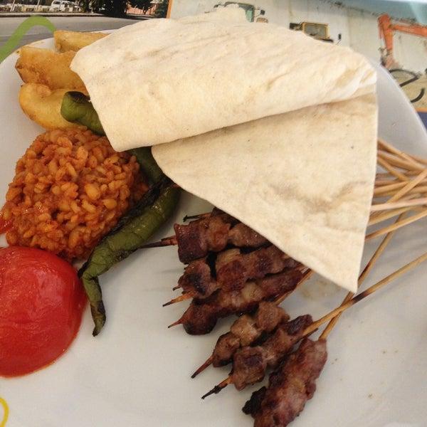 Foto diambil di Topçu Restaurant oleh Merve pada 4/11/2013