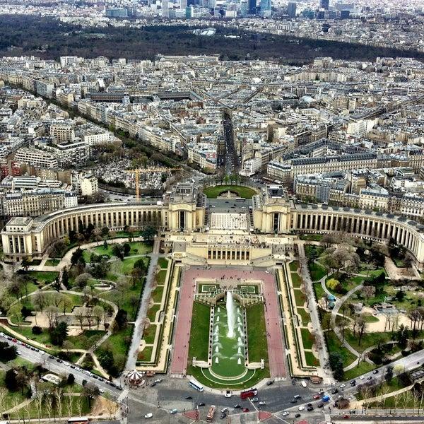 Photo prise au Place du Trocadéro par Edilson F. le4/11/2013
