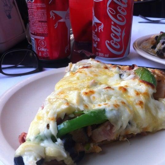 Снимок сделан в Mama's Pizza пользователем 7ania J. 11/27/2012