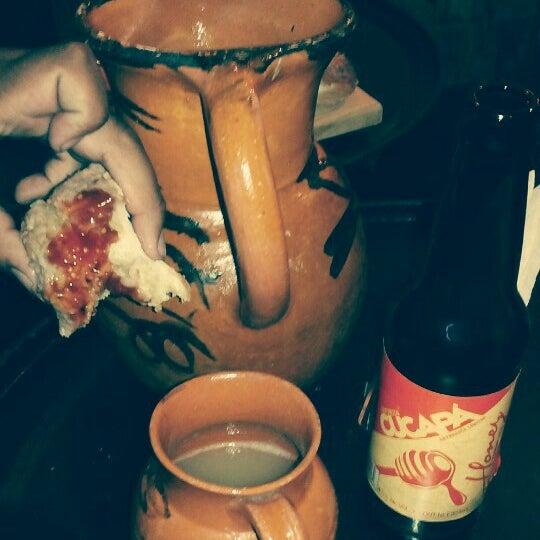 Foto diambil di La Fundidora Cerveceria oleh Xela R. pada 10/25/2015