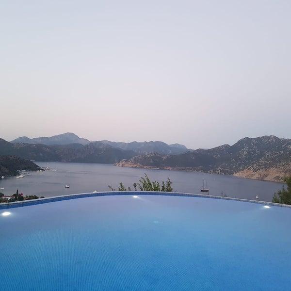 รูปภาพถ่ายที่ Loca Hotel โดย Hakan S. เมื่อ 7/19/2018