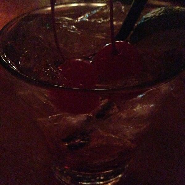 Das Foto wurde bei The Gin Mill von Krystal E. am 5/5/2013 aufgenommen