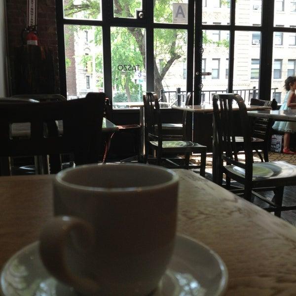 6/24/2013にAlex S.がTaszo Espresso Barで撮った写真