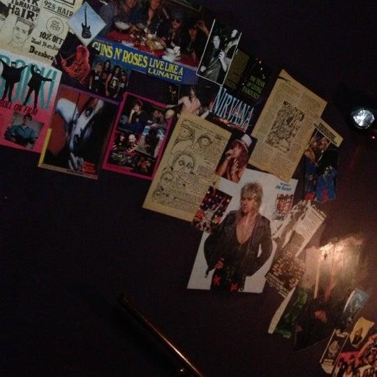 Foto tomada en Rock & Roll Hotel por kristin k. el 12/15/2012