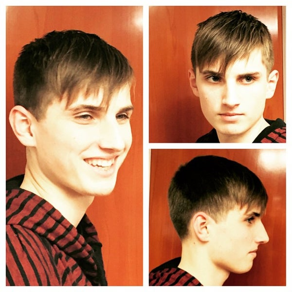 Foto scattata a David's Hairstyling da david's h. il 1/16/2015