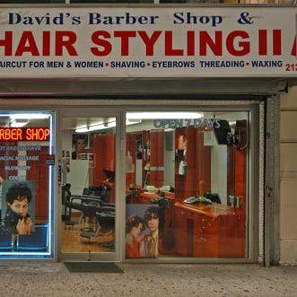 Foto scattata a David's Hairstyling da david's h. il 10/27/2012