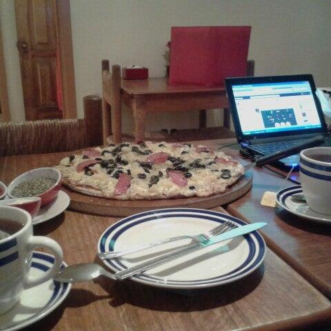 11/14/2013 tarihinde Dany B.ziyaretçi tarafından Pizzeria La Torre'de çekilen fotoğraf