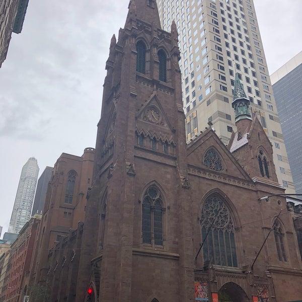 Foto diambil di Fifth Avenue Presbyterian Church oleh Vera U. pada 9/9/2018