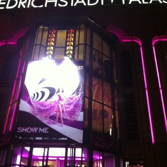 Das Foto wurde bei Friedrichstadt-Palast von opaaaa))) am 10/25/2012 aufgenommen