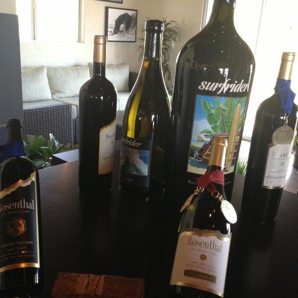 Photo prise au Rosenthal Wine Bar & Patio par Misa le2/24/2013