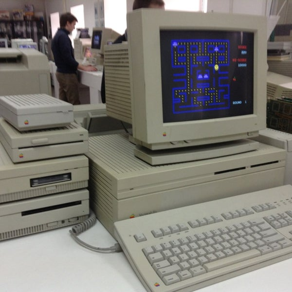 3/24/2013에 Yulia K.님이 Moscow Apple Museum에서 찍은 사진