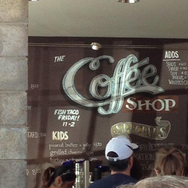 Das Foto wurde bei The Coffee Shop at Agritopia von Michael C. am 4/14/2013 aufgenommen