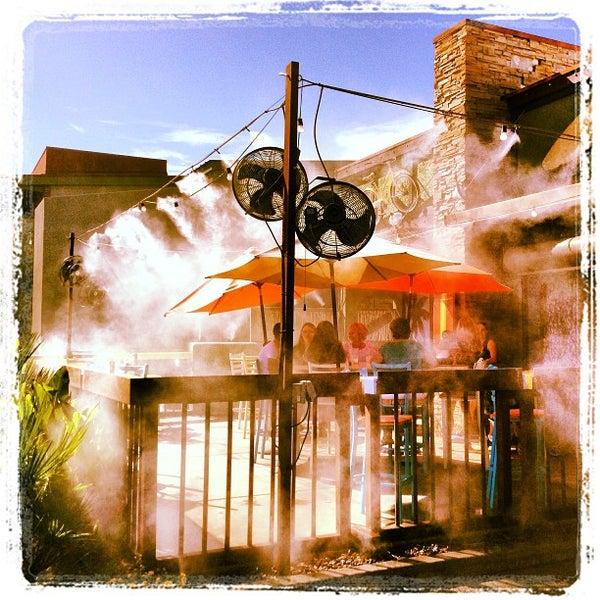 Das Foto wurde bei Rehab Burger Therapy von Melisa S. am 8/31/2013 aufgenommen