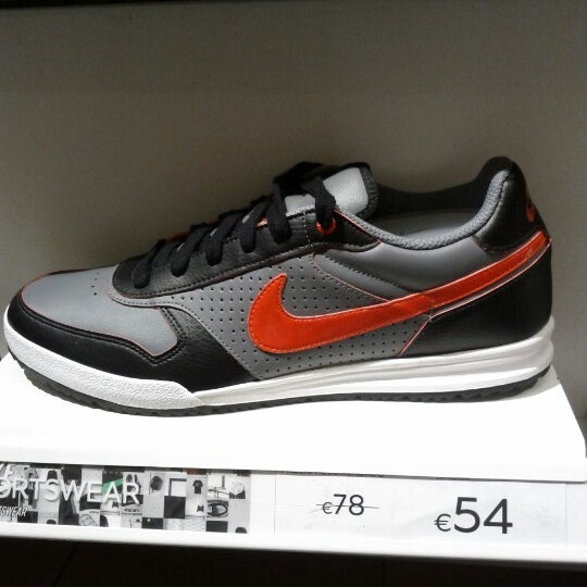 Adicto Betsy Trotwood Respectivamente  Nike Factory Las Terrazas - Sporting Goods Shop