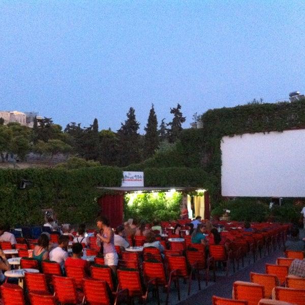 Photo prise au Cine Thisio par Georgia M. le8/27/2013