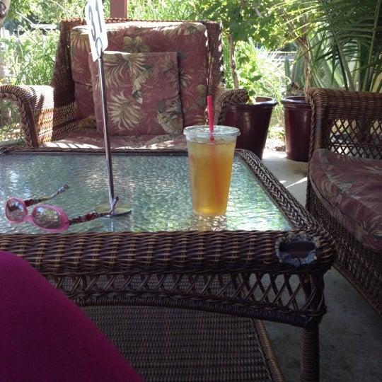 Das Foto wurde bei The Coffee Shop at Agritopia von Kathleen S. am 10/10/2012 aufgenommen