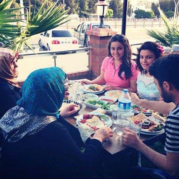Снимок сделан в Çulcuoğlu Restaurant пользователем müslüm y. 6/1/2013