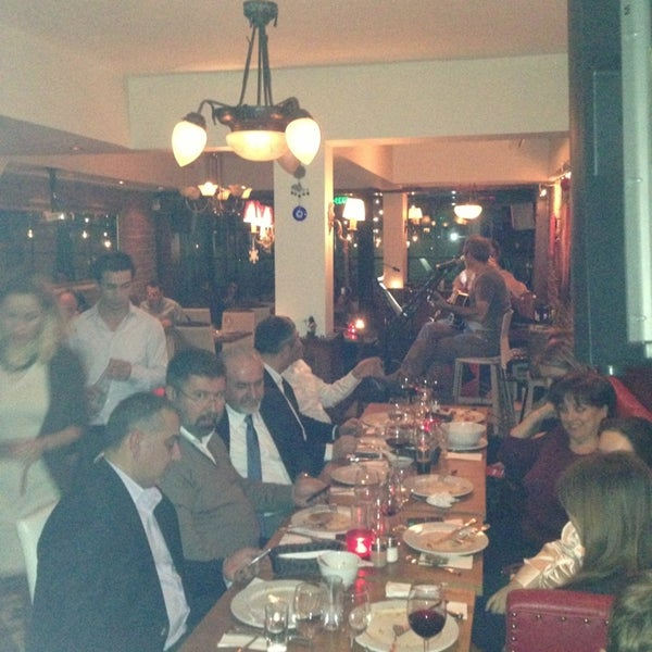 Das Foto wurde bei Mekan Kalamış Sakman Club von Selcuk B. am 2/14/2013 aufgenommen