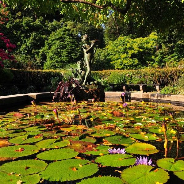 Foto scattata a Conservatory Garden da Antjuan A. il 6/29/2013