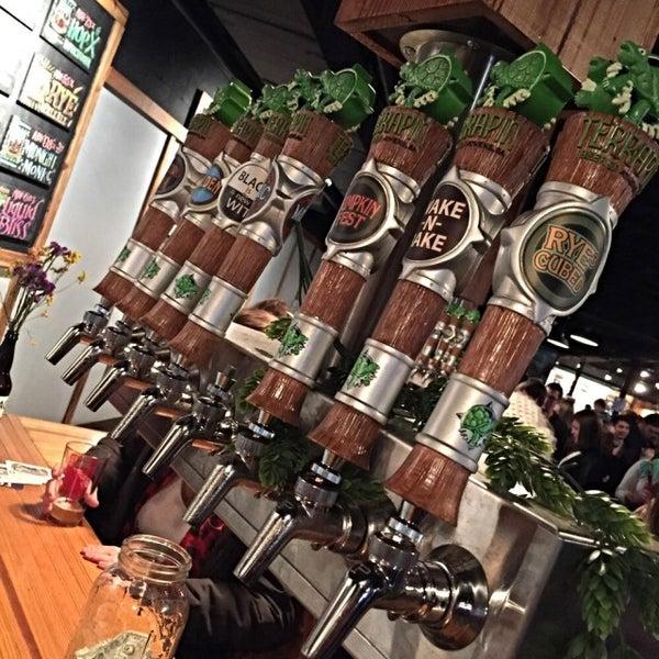 Foto scattata a Terrapin Beer Co. da Jen O. il 2/21/2015