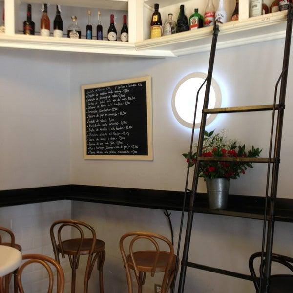6/21/2013 tarihinde Josep A.ziyaretçi tarafından Betlem Miscelánea Gastronómica'de çekilen fotoğraf