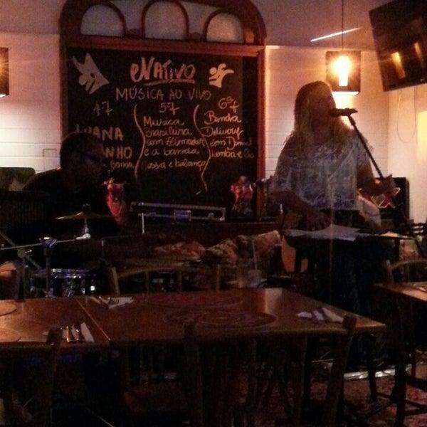 Foto tirada no(a) Nativo Bar e Restaurante por Paula A. em 3/14/2013