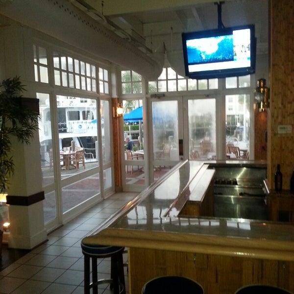 Photo prise au Bimini Boatyard Bar & Grill par Nichole W. le3/5/2013