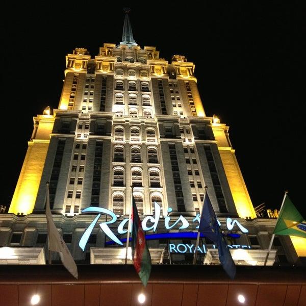 Foto scattata a Radisson Royal Hotel da Giorgi il 2/26/2013