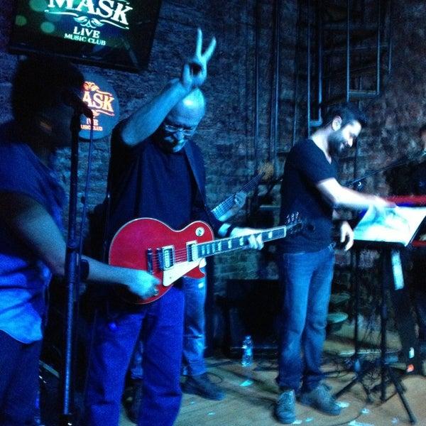 Foto diambil di Mask Live Music Club oleh Sertan Y. pada 12/30/2012