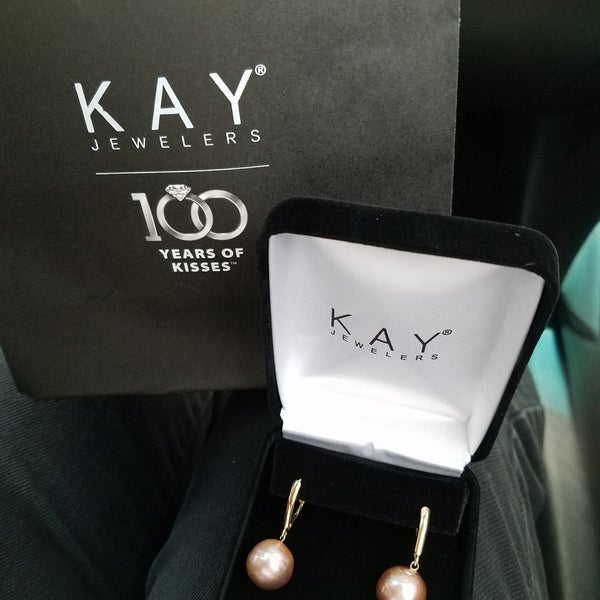 7517423dc Photo taken at Kay Jewelers by Nuning  on 6/24/2017. Yext Y.