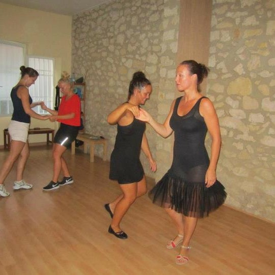 Spanish Course + Salsa Lessons!!!! Enjoy!