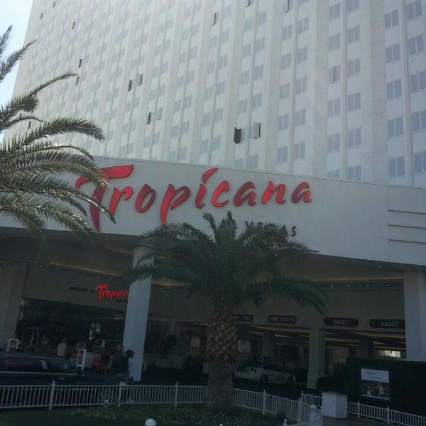 Снимок сделан в Tropicana Las Vegas пользователем Alexandre T. 3/22/2013