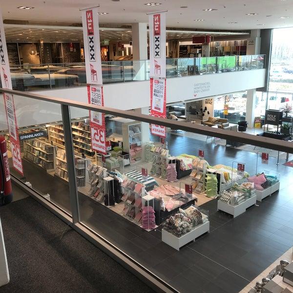 Fotos Bei Xxxl Mann Mobilia Möbel Einrichtungsgeschäft