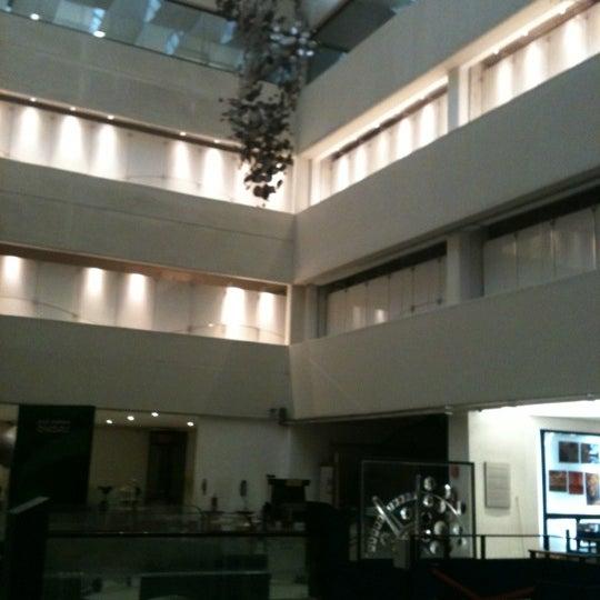 รูปภาพถ่ายที่ Universum, Museo de las Ciencias โดย Pauhoney M. เมื่อ 10/1/2012