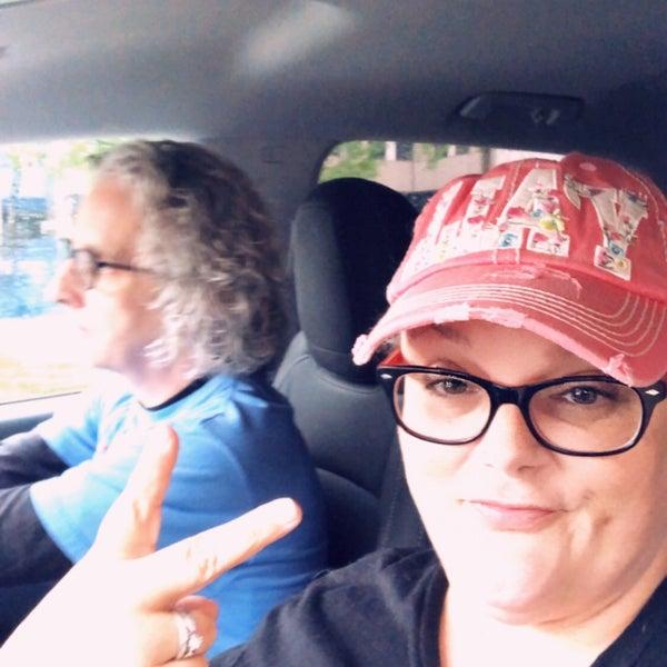 Foto diambil di Uptown Dallas oleh Margaret O. pada 4/6/2019
